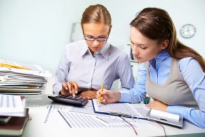 Ayo Pahami Pekerjaan Adminstrasi Keuangan | TopKarir.com