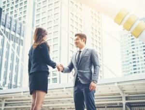 Kamu Lulusan Jurusan Hukum? Cari Tahu Pekerjaan yang Sesuai Disini! | TopKarir.com