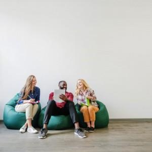 Tips Bekerja Tanpa Merasa Tertekan di Tempat Magang | TopKarir.com